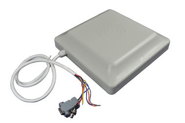 चीन 6m Range RS232 Wiegand RFID Reader With 8dbi Circular Polarized Antenna फैक्टरी